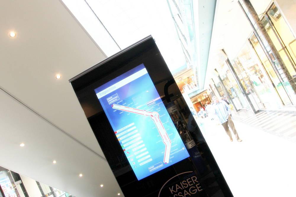 digital-signage-stele